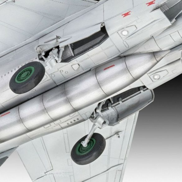 Revell 03878 Mikoyan MiG-25 RBT Foxbat B