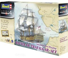 Revell 05767  Battle of Trafalgar Gift Set