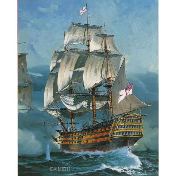 Revell 05767  Battle of Trafalgar Gift Set