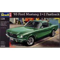 Revell 07065   Ford Mustang 1965 2+2 Fastback