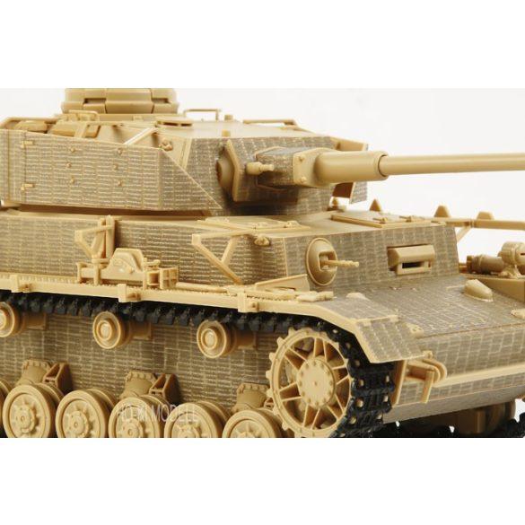 Tamiya 12648 1:35 Zimmerit Készlet King Tiger Production Turret Harcjárműhöz
