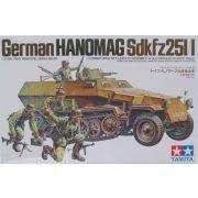 Tamiya 35020  Sd.Kfz.251/1 Hanomag + 5db figura