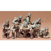 Tamiya 35061  German Panzer Grenadiers