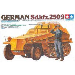 Tamiya 35115 German Sd.kfz. 250/9