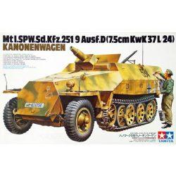 Tamiya 35147 Sd.Kfz.251/9 AUSF.D Kanonenwagen
