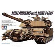 Tamiya 35158  M1A1 Abrams w/Mine Plow