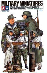 Tamiya 35212  German Soldiers At Field Briefing 5db figura