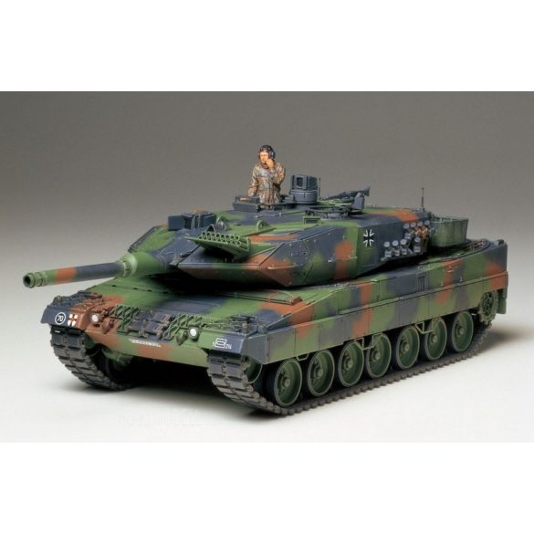 Tamiya 35242 Leopard 2 A5 Main Battle Tank