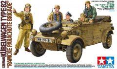 Tamiya 35304 German Kubelwagen Type 82 - Ramcke Parachute Brigade