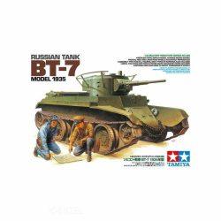 Tamiya 35309 Russian Tank BT-7 Model 1935