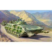 Zvezda 3555 Soviet Infantry Fighting Vehicle BMP-2D