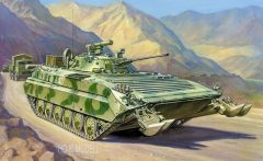 Zvezda 3555 Soviet Infantry Fighting Vehicle BMP-2D