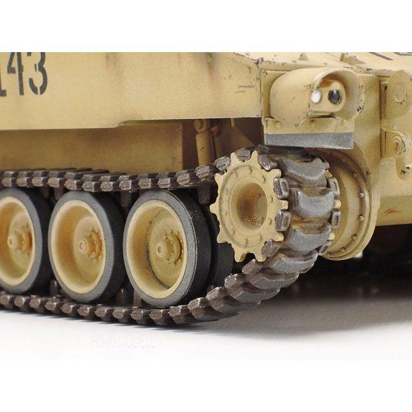 Tamiya 37026 US Self Propelled Howitzer M109A6 Paladin Iraq