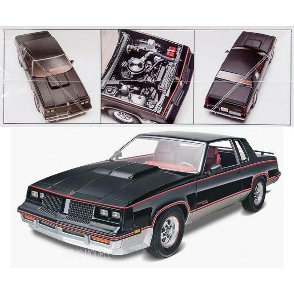 Revell 4317  Hurst Oldsmobile 1983