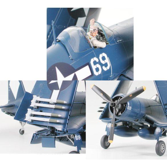 Tamiya 61085 F4U-1D Corsair (with Moto Tag)