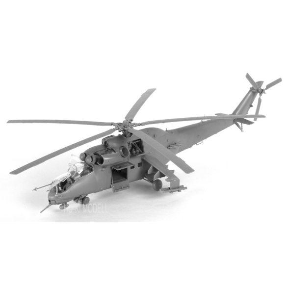 """Zvezda 7293 Mil Mi-24V/VP """"Hind E"""" Soviet attack helicopter"""