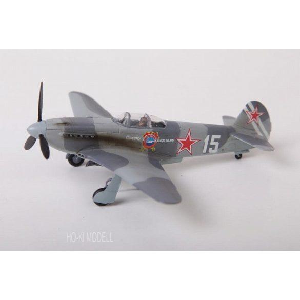 Zvezda 7301 Yak-3 Soviet Fighter