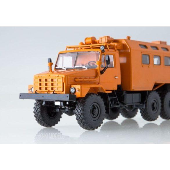AIST 1171 URAL 4322 Russian KUNG Teherautó