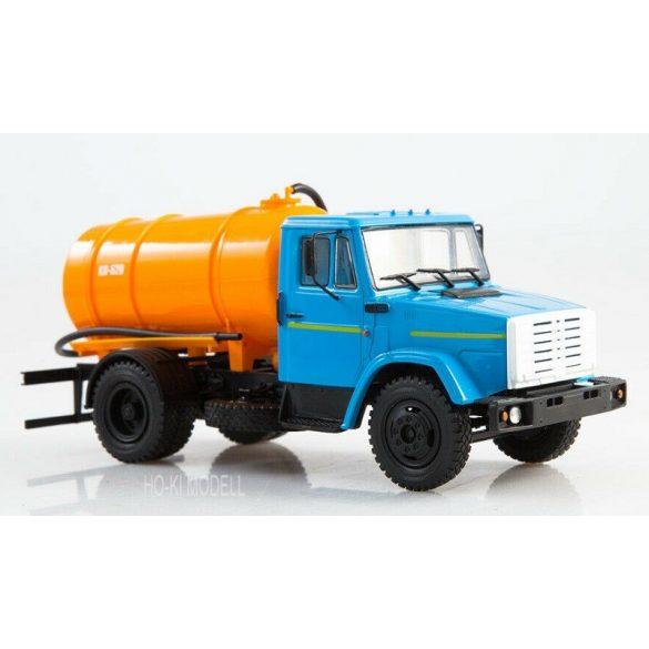 Legendary Trucks 005 Zil-4333 KO-520 Russian Vacuum truck