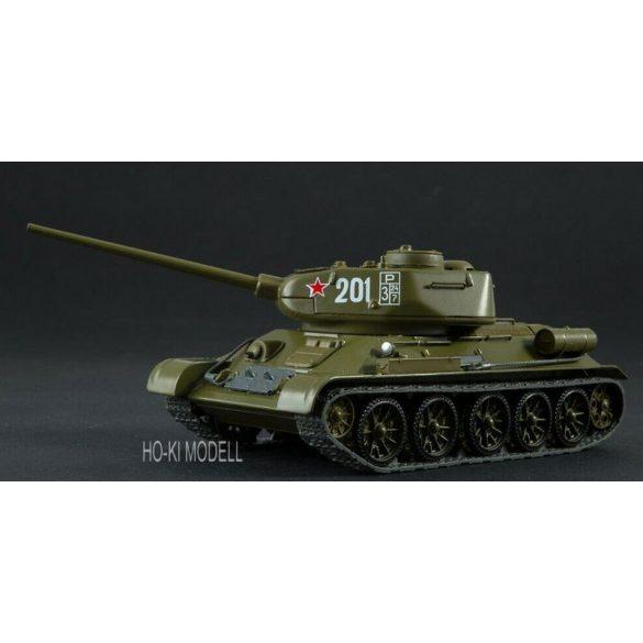 Russian Tank T-34/85